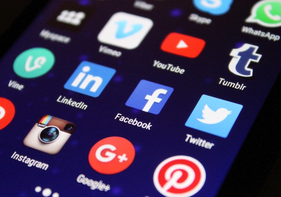 4 Social Media Apps to Use for Business Marketing